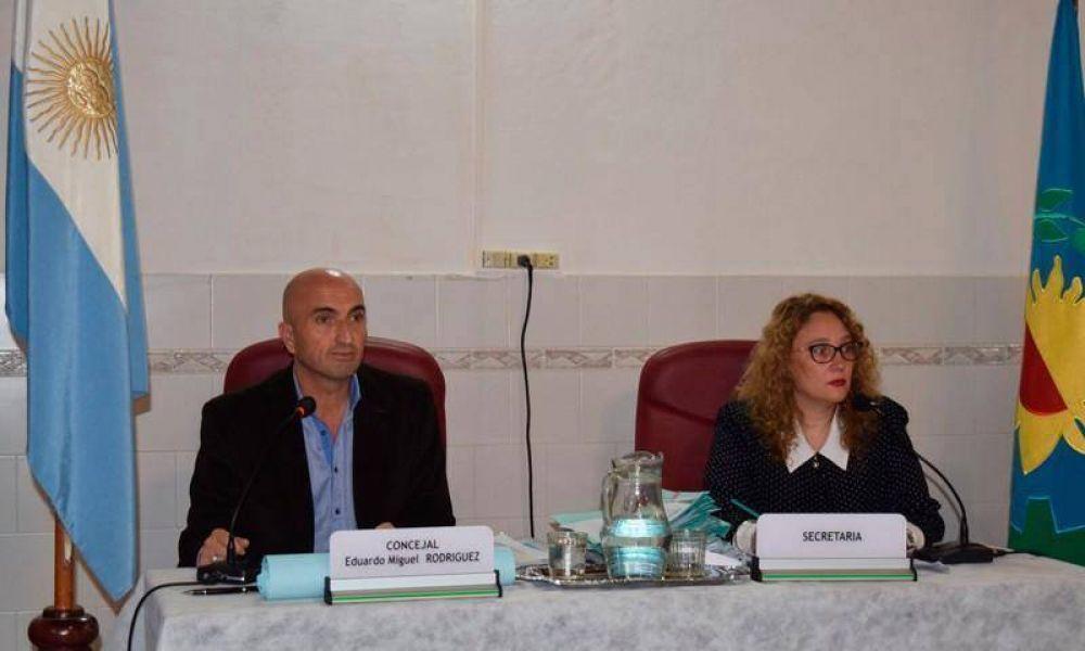 El Concejo Deliberante sesionó en Hinojo ante una gran cantidad de vecinos