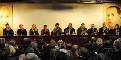 Intendentes del frente 'Unidad Ciudadana' en malestar con La Cámpora