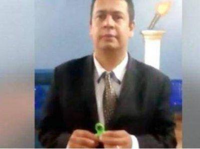 """Pastor asegura que juguete """"spinner"""" es diabólico"""