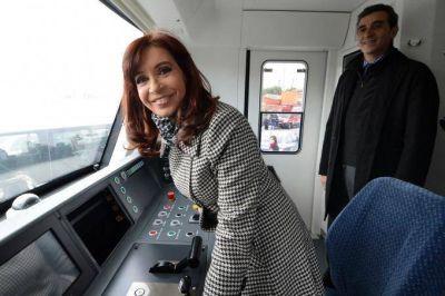 Últimas horas de vértigo en el justicialismo: Cristina se reunió con Randazzo y estiraron el suspenso