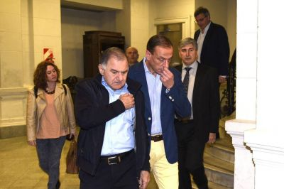 Julio Pereyra, Teresa García y 'Cuto' Moreno irán a la Legislatura para complicar a Vidal