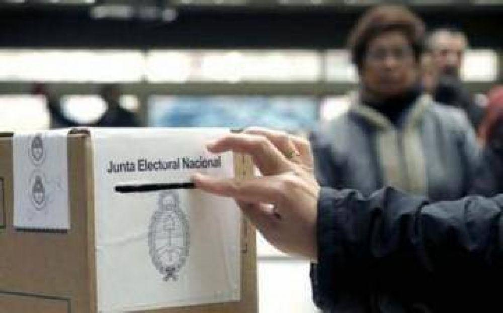Lanús: El oficialismo tendrá unidad de lista y en el peronismo se visualiza interna