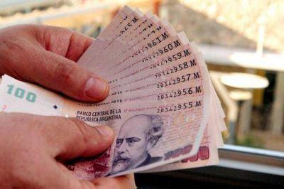 Desde la CGT afirman que el salario mínimo aumentaría un 22% y quedaría casi en 10 mil pesos