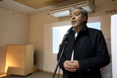 """Cano dice que el oficialismo tiene miedo y llama a controlar la elección para evitar """"otro 2015"""""""