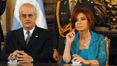 La historia de Jorge Taiana, el elegido por Cristina para secundarla en la Provincia
