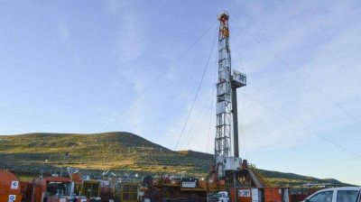 Peligran unos 900 puestos de trabajo en el sector petrolero