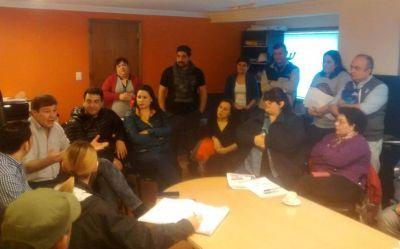 Melella firmó el llamado a licitación para la obra del tendido de gas del barrio Del Bicentenario