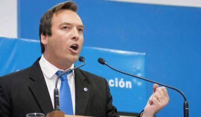 """Pichetto hace política con Macri y es socio de Weretilenck"""""""
