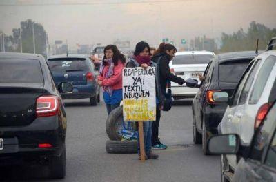 Reclamo de las obreras de la Textil Neuquén