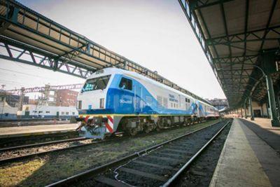 Casi dos años después, vuelve a funcionar el tren a Mar del Plata