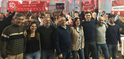 [#Campaña] El socialismo conmemoró su 121° aniversario y lo celebró en el barrio San Martín
