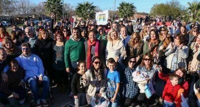 La provincia entregó viviendas a docentes de Carcarañá