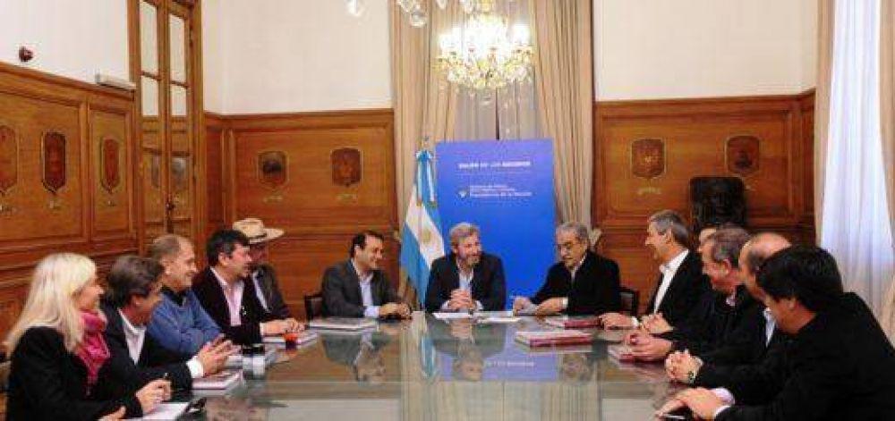 El Gobierno Nacional firmó convenios con ocho municipios de Misiones para renovación urbana