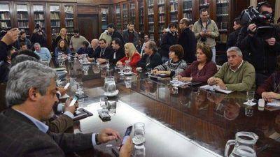 Los docentes adelantaron que aceptarán la propuesta salarial del gobierno de Vidal