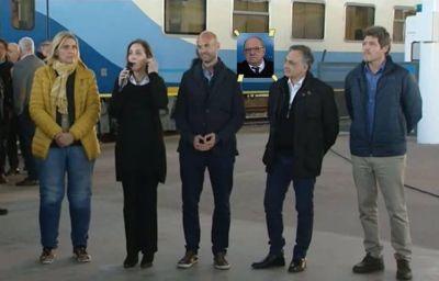 [#LoMiraPorTv] El tren volvió a la ciudad pero Arroyo no estuvo en la foto