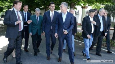 Weretilneck con gran parte de los gobernadores coinciden en no resignar coparticipación a favor de Buenos Aires