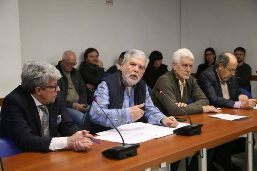 De Vido dijo que lo persiguen, pero no logró respaldo de Máximo Kirchner