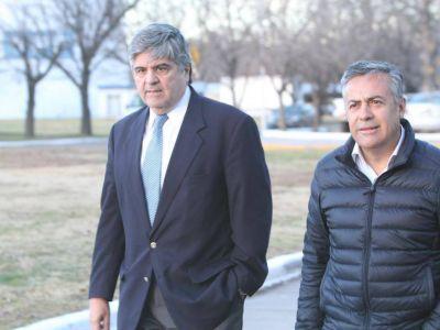En Mendoza, el presidente de YPF justificó la suba de la nafta: