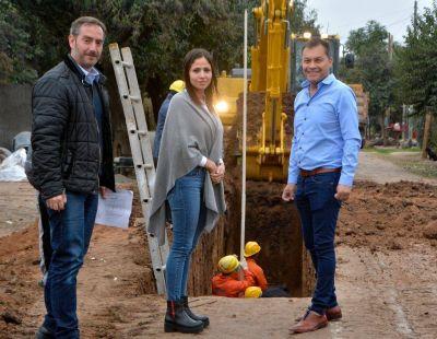 Walter Festa inauguró obras de pavimentación y desagües pluviales en La Reja Grande