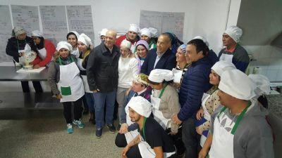 Adolfo Rodríguez Saá visitó la Escuela Municipal de Oficios de Juana Koslay