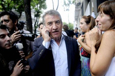 Urribarri fue imputado por contrataciones para una cumbre del Mercosur