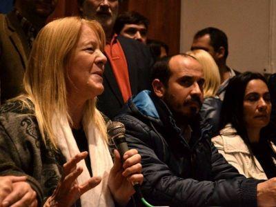 Tras renunciar a los fueros, Stolbizer visitó La Plata y dio una conferencia de prensa