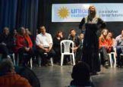 Panorama platense: Oficialismo muestra obras, opositores buscan su lugar y una decisión judicial explosiva