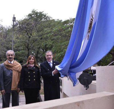 El Gobierno provincial festejó el 201° aniversario de la Independencia