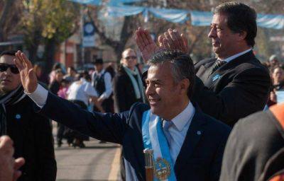 El gobernador Cornejo festejó el 9 de Julio en Las Heras