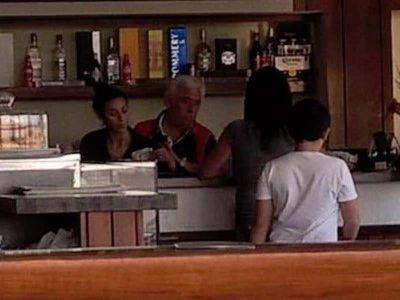 Hugo Matzkin, de jefe de la Policía Bonaerense a vendedor de facturas en un buffet