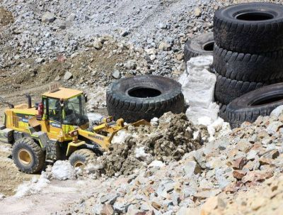 Tras el informe, la Provincia aumenta su embestida para el retiro de los escombros