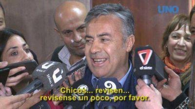 Cornejo, enojado tras la pérdida de dos senadores, culpó al periodismo y los mandó a