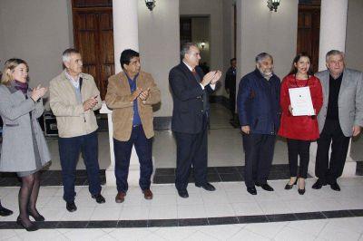 Infante entregó decretos a directoras y supervisoras de los jardines de infantes