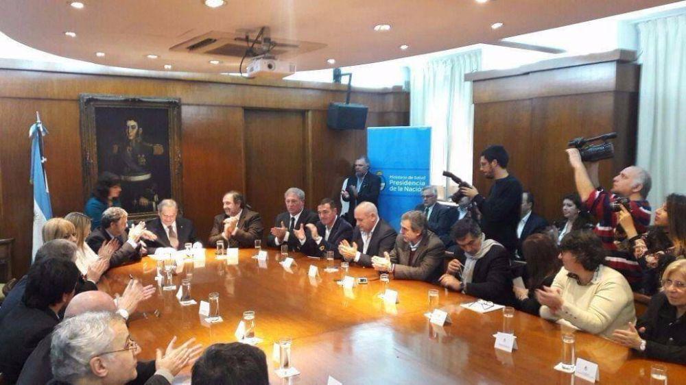 Laboratorios Puntanos firmó un convenio de cooperación con ANLAP y el Ministerio de Salud