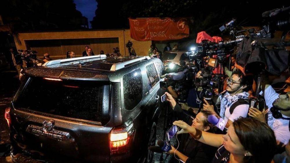 Venezuela: José Luis Rodríguez Zapatero visitó a Leopoldo López en su casa