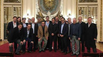 Intendentes de Cambiemos estuvieron con Macri y Peña