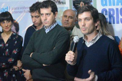 El concejal Vismara lanzó su precandidatura con el apoyo de Wado de Pedro