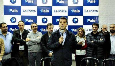 En La Plata, Sergio Massa criticó el descuento del Banco Provincia e insistió con la rebaja del IVA