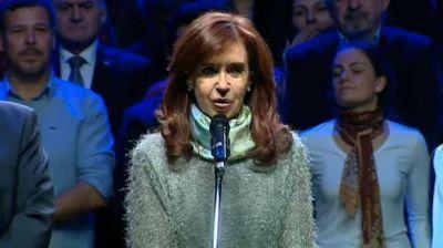 Cristina Kirchner, en Mar del Plata: asistencia casi perfecta en un acto que sorprendió hasta a los propios intendentes