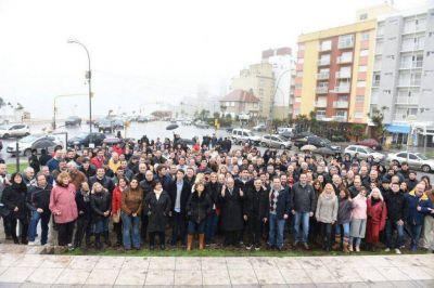 Baragiola y Arroyo lanzaron la campaña de Cambiemos con un timbreo