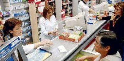Denuncian que medicamentos de uso masivo aumentaron hasta el 236%