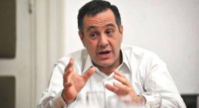 Finocchiaro no asumió y ya pide remover al director de las escuelas técnicas