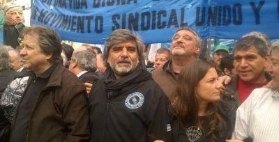 """""""Los únicos brotes verdes que ven los trabajadores son los gendarmes"""""""