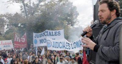 Judiciales advierten con no volver al trabajo tras la feria si Vidal no los convoca a paritarias