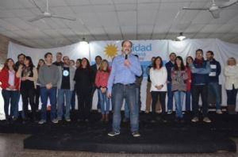 Unidad Ciudadana presentó los candidatos de Chivilcoy con importantes visitas
