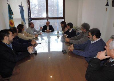 """La UCIP recibió a los candidatos de """"Cumplir"""""""