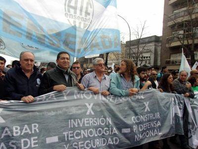 """Astillero Río Santiago: """"Vamos a reclamar acciones de lucha a la CGT regional"""", afirmó Ramón Garaza"""