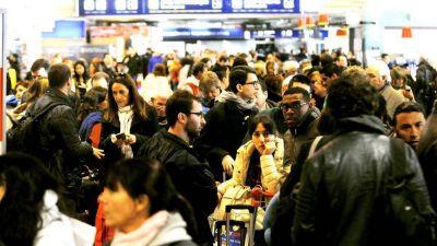 Posibles demoras en los vuelos por un conflicto con los trabajadores de Seguridad y Proteccion