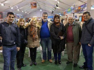 Jorge Lapalma y Saenz Saralagui recorrieron la Feria de las Colectividades
