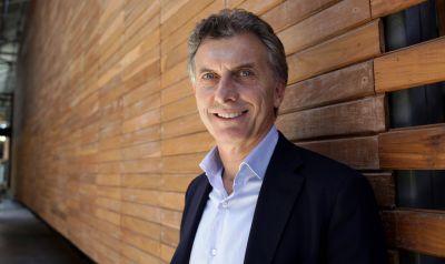 Macri prometió nuevas inversiones para el aeropuerto de Bariloche
